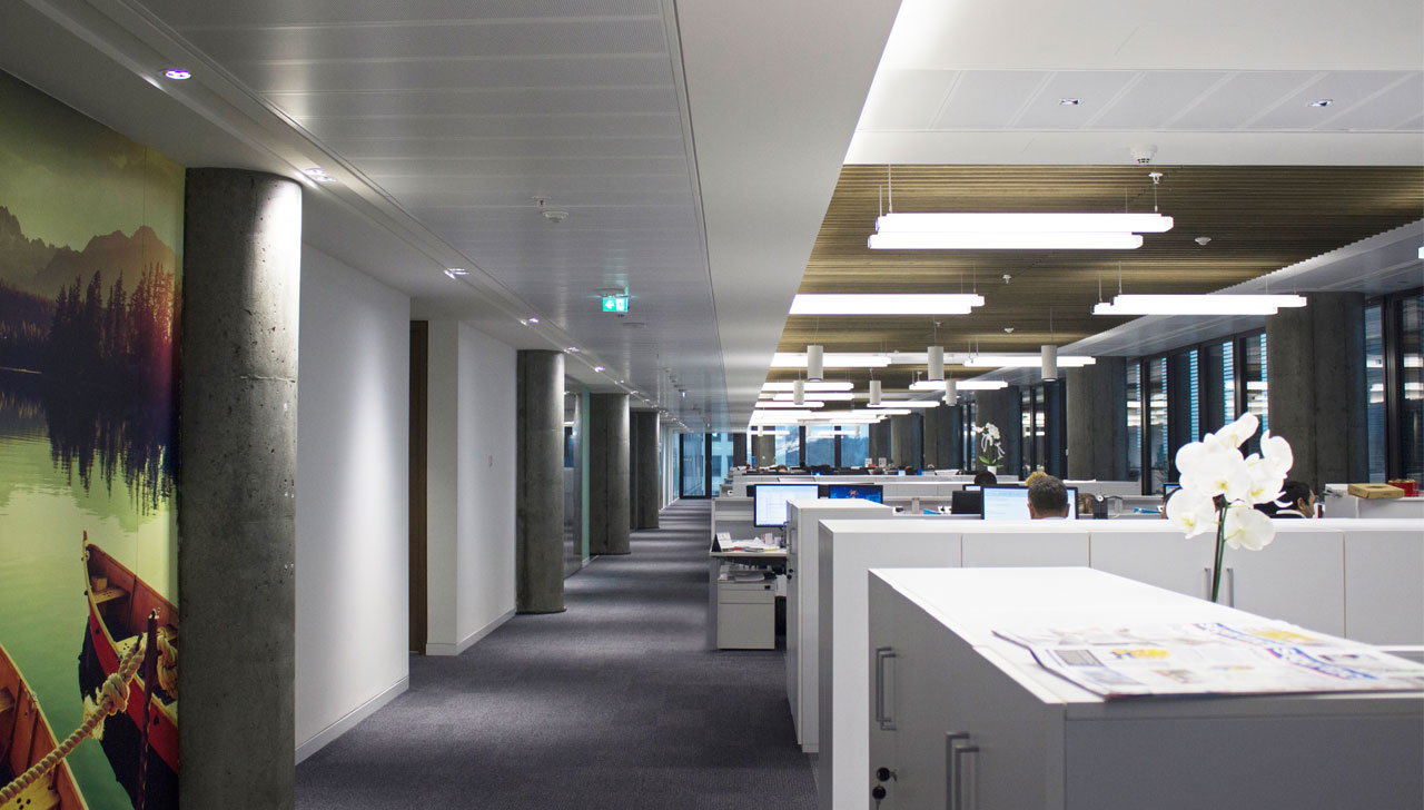 Avciarchitects AIG Office Fit-out